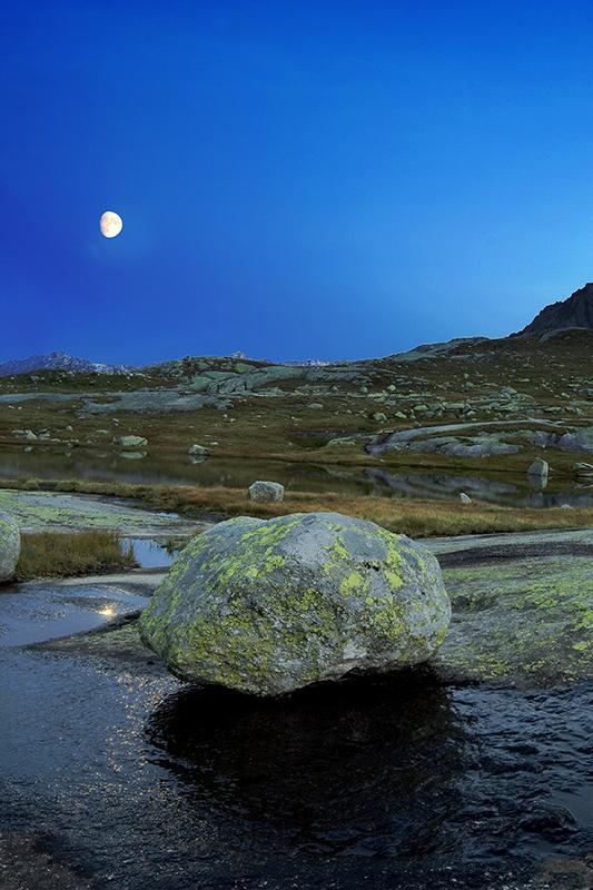"""""""La roccia e la luna"""""""